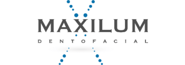 Maxilum Clínica Dental en Málaga
